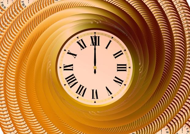 clock-359985_1920